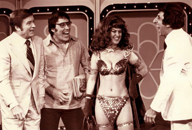 Wendy Pini cosplaying as Red Sonja on the Mike Douglas show...with JAMIE FARR!